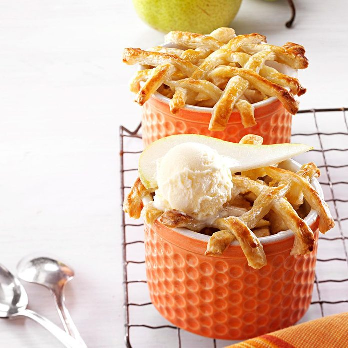 Personal Pear Pot Pies Exps144939 Cw2376966c06 19 3bc Rms 1