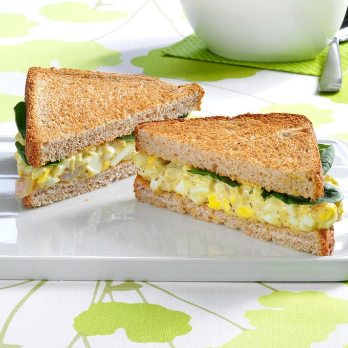 Pesto Egg Salad Sandwiches Exps89693 Thhc2377559b01 09 3b Rms 4