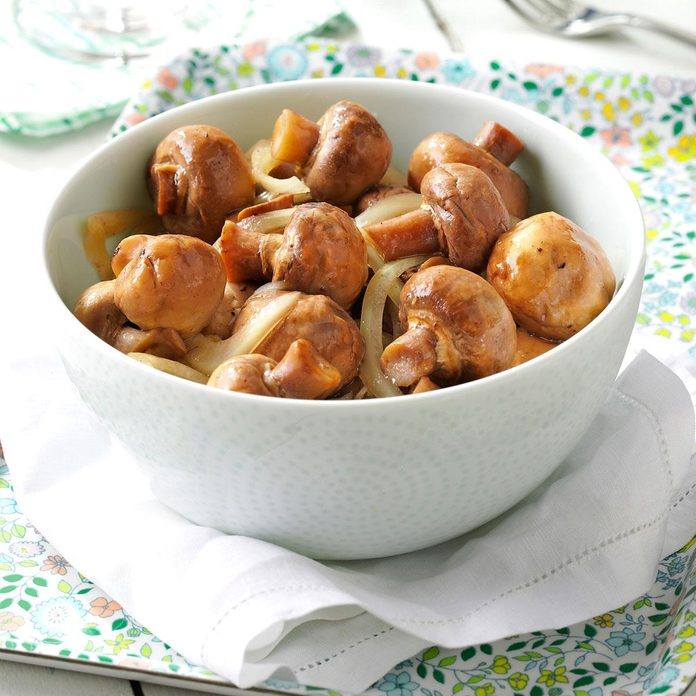 Pickled Mushrooms With Garlic Exps30828 Cp143300b02 04 2bc Rms 2