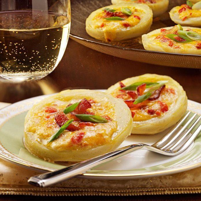 Pimiento Cheese-Stuffed Artichoke Bottoms
