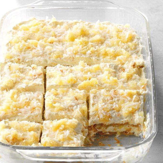 Pina Colada Icebox Cake Exps Sdam18 206698 D11 29 3b 3