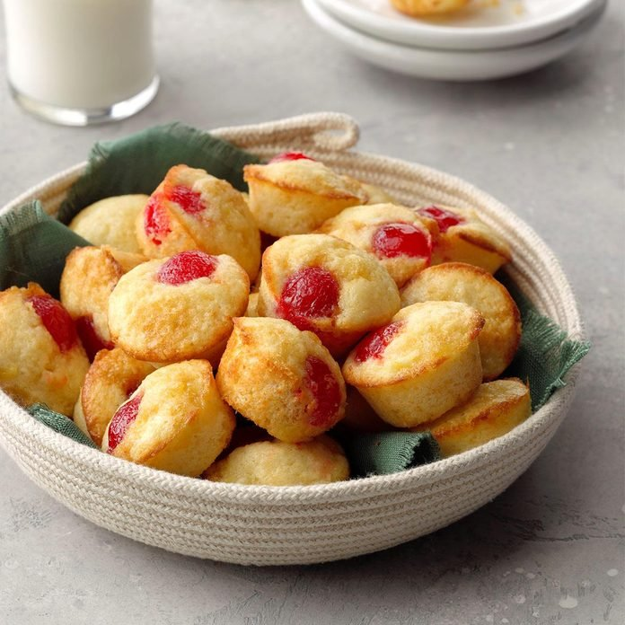 Pineapple Upside Down Muffins Exps Tohcom19 36757 B10 04 9b 2