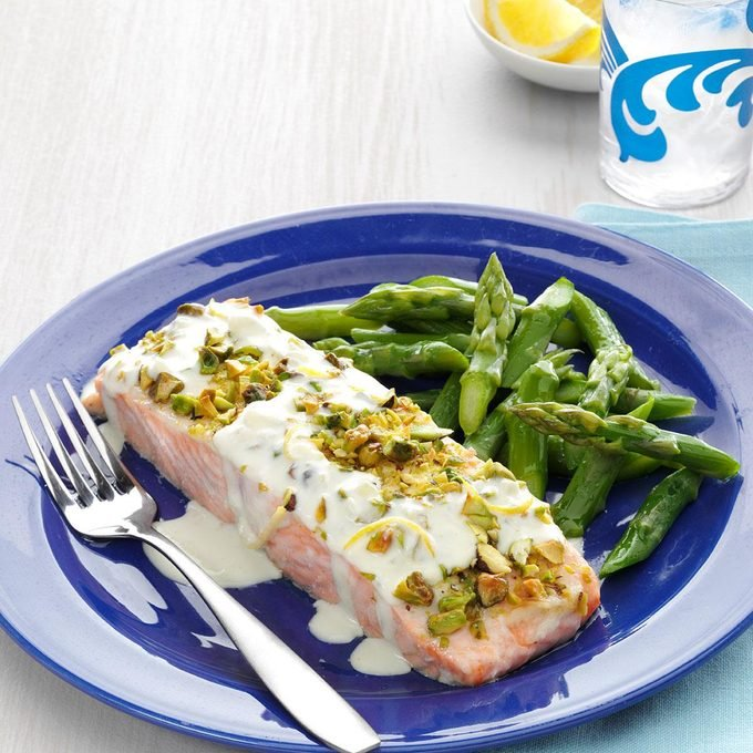 Pistachio Crusted Salmon With Lemon Cream Sauce Exps153402 Th237979802 29 6bc Rms 3