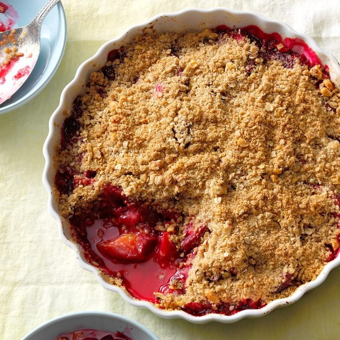 Plum Crisp with Crunchy Oat Topping