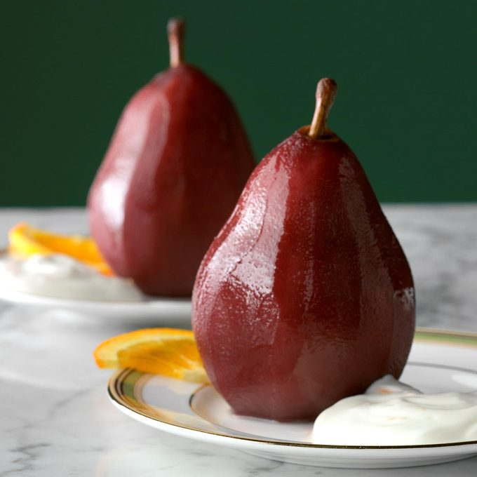 Poached Pears With Orange Cream Exps Thn17 42153 D06 16 5b
