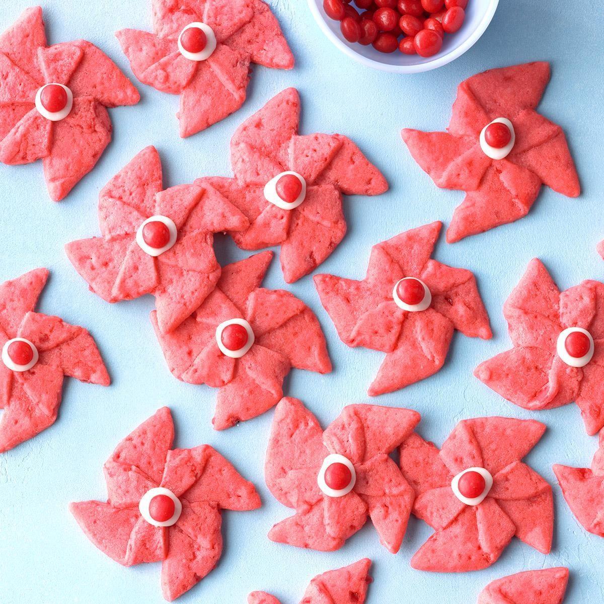 Poinsettia Pinwheel Cookies