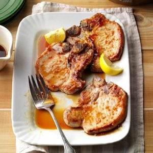 Pork Chops with Honey-Garlic Sauce