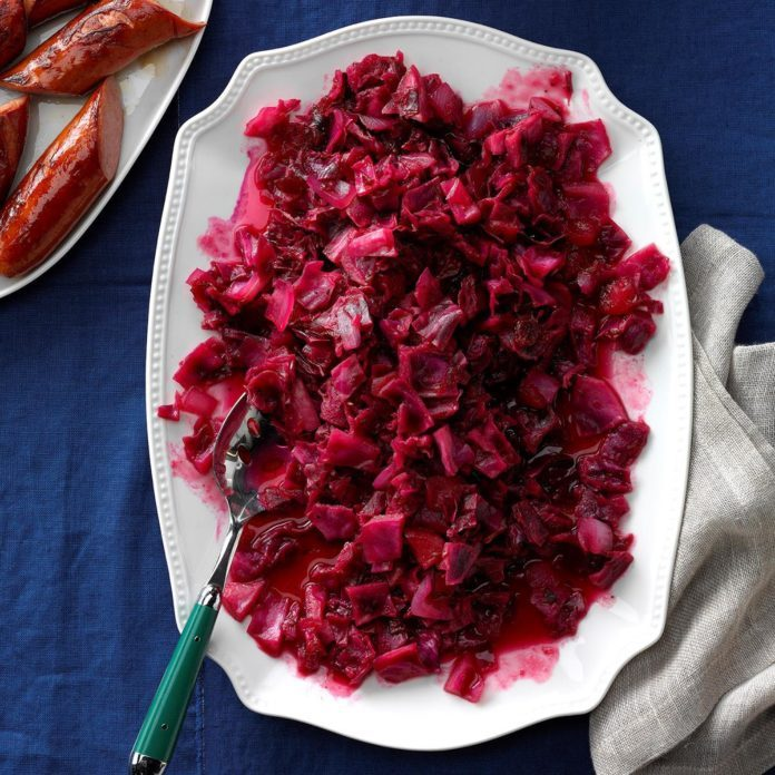 Instant Pot Cranberry Apple Red Cabbage