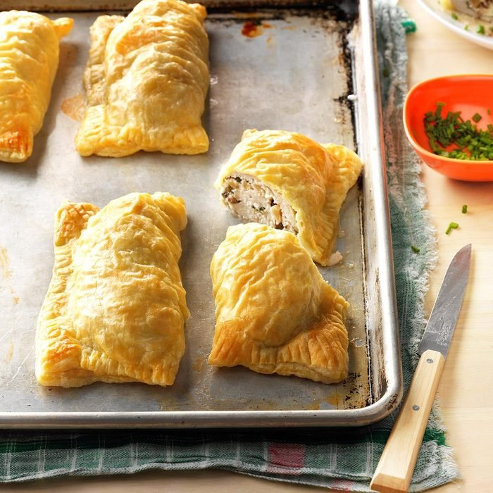 Puff Pastry Chicken Bundles