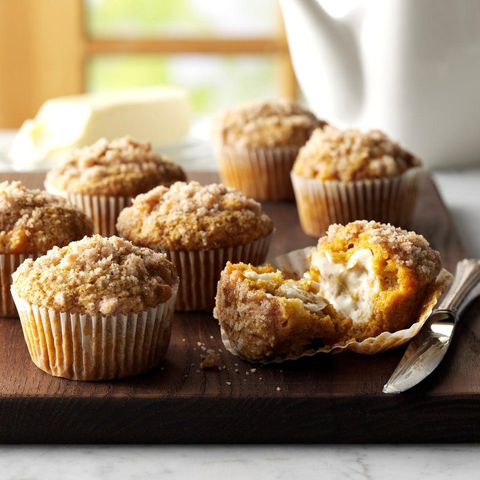 Pumpkin-Apple Muffins with Streusel Topping