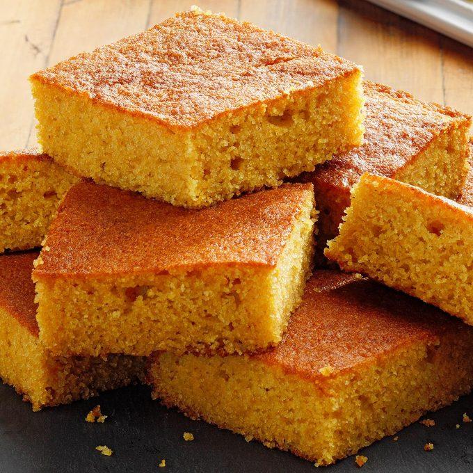 Quick Buttermilk Cornbread Exps Tohfm22 29167 E09 22 1b 1