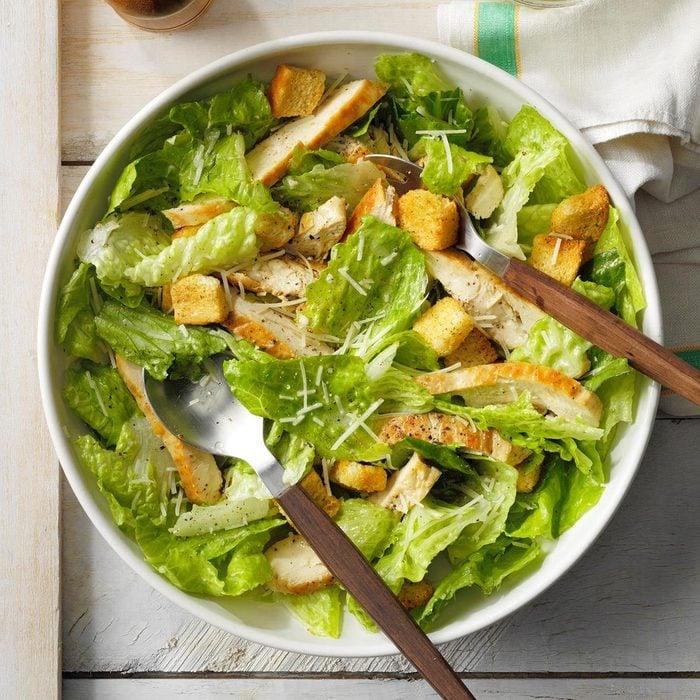 Quick Chicken Caesar Salad Exps Fttmz21 12217 E03 05 4b 3