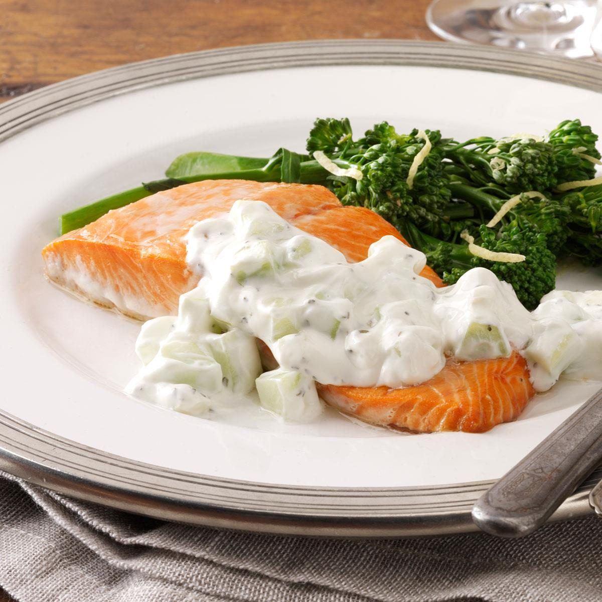 Quick Poached Salmon with Cucumber Sauce
