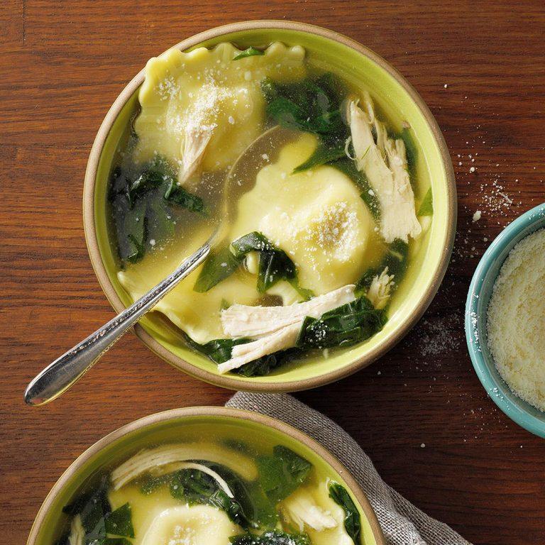 Quick Ravioli Spinach Soup Exps Ssmz21 109720 E10 13 8b 2