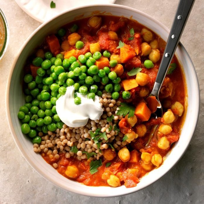 Day 25: Quickpea Curry