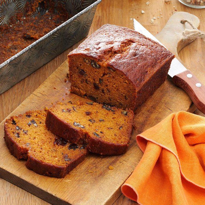 Raisin Filled Pumpkin Spice Bread Exps4304 Bhr133210b05 21 4b Rms