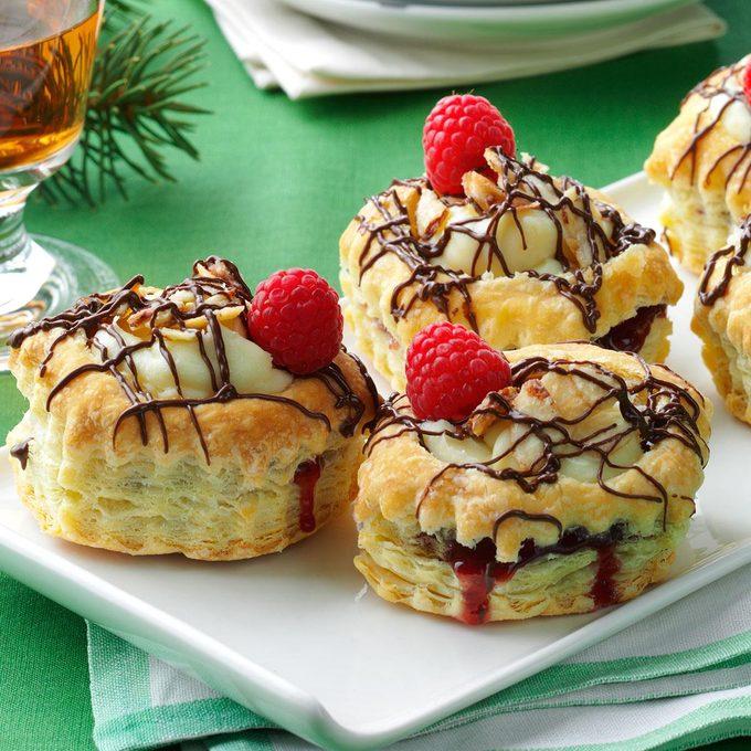 Raspberry Cream Cheese Pastries Exps152919 Thca143053b010 31 5b Rms 1