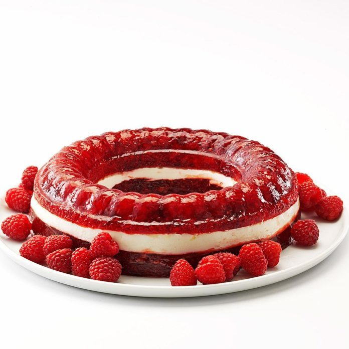 Raspberry Gelatin Ring