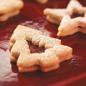 Raspberry Sandwich Cookies