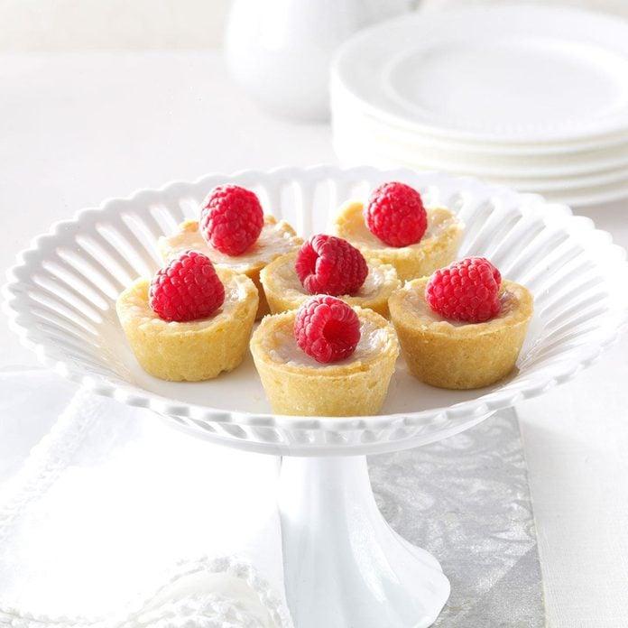 Raspberry Sugar Cream Tarts Exps159776 Th2379806d 08 30  6bc 2