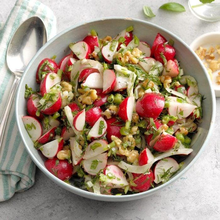 Summer vegetarian recipes - Ravishing Radish Salad