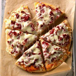 Reuben Pizza