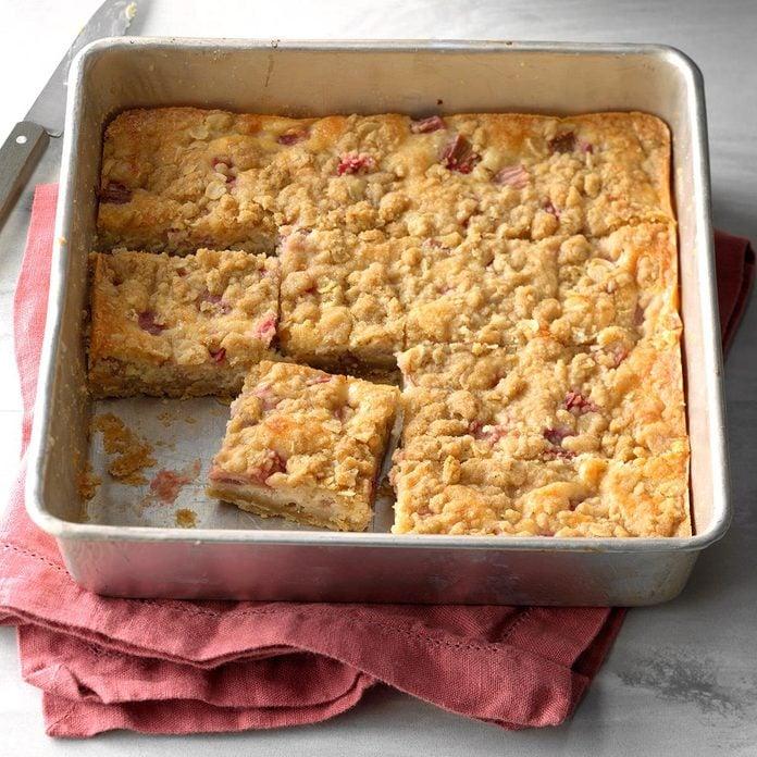 Rhubarb Cheesecake Squares Exps Sdam18 97458 C11 30 1b 4
