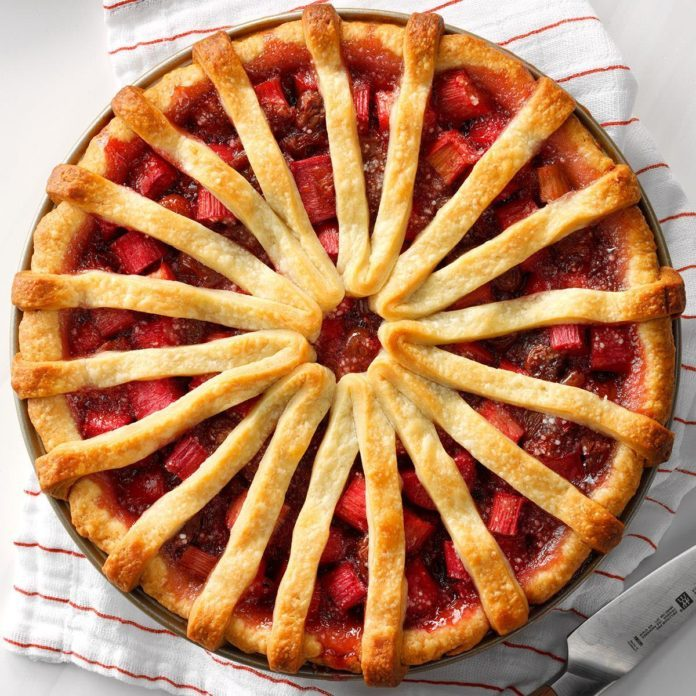 Utah: Rhubarb Cherry Pie