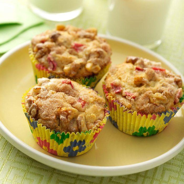 Rhubarb Cream Muffins