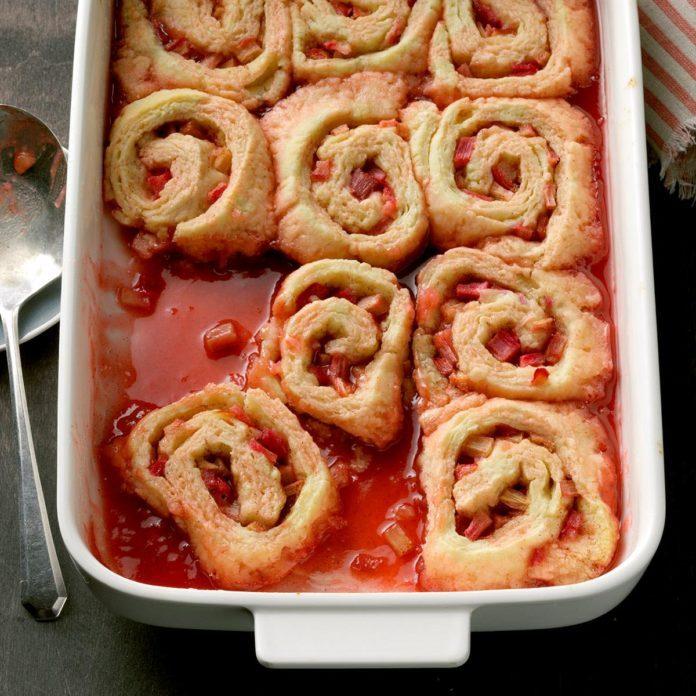 Rhubarb Dumplings