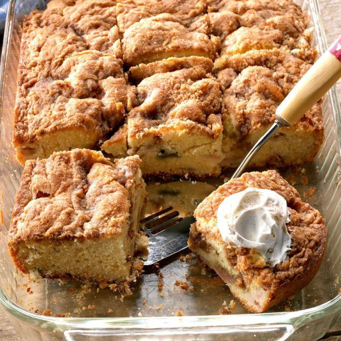 Rhubarb Sour Cream Coffee Cake