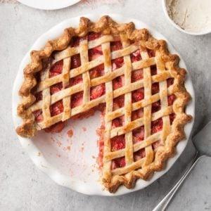 42 Pretty Spring Pie Recipes