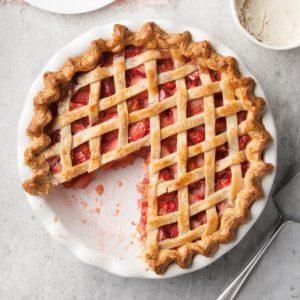 Rhubarb Strawberry Pie