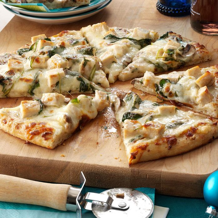 Pizza de pollo Alfredo Rich