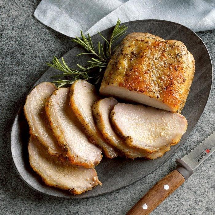 Roast Pork Loin With Rosemary Applesauce Exps Tcbz19 177970 B05 15 6b 2