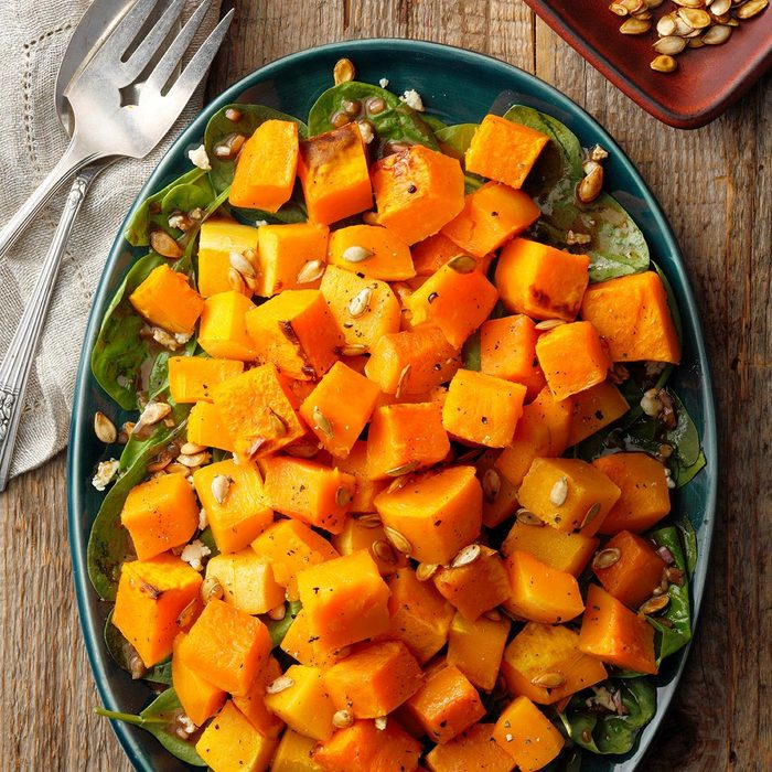 Roasted Butternut Squash Salad With Caramelized Pumpkin Seeds Exps Pcbbz19 156885 E09 19 3b