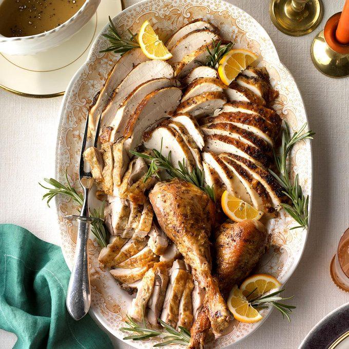 Roasted Citrus Herb Turkey Exps Hca18 45931 C09 29 6b 7