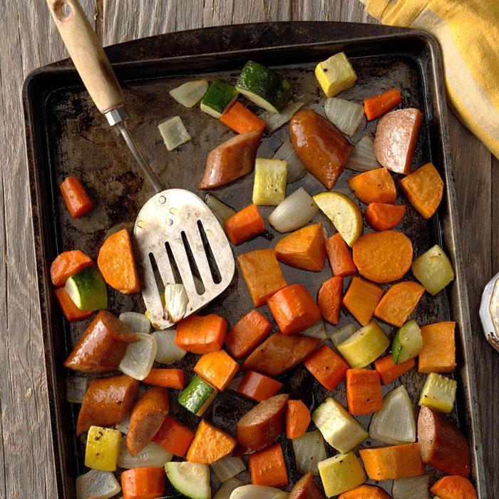 Roasted Kielbasa Vegetables Exps Opbz18 165743 B06 27 3b 10