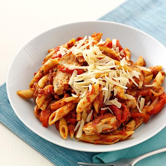 Roasted Pepper Chicken Penne Exps38779 Sd1999448a02 22 4bc Rms 4