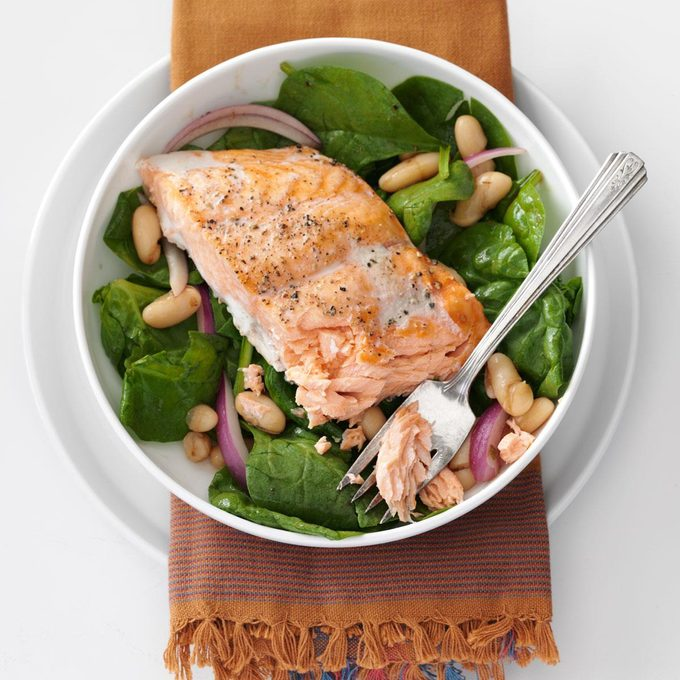 Roasted Salmon White Bean Spinach Salad Exps106681 Th2379806a09 11 6b Rms 2