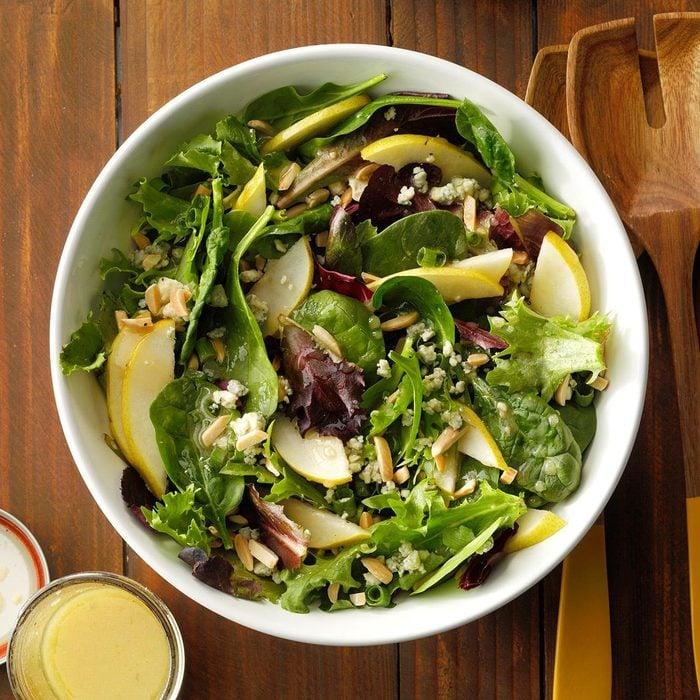 Maryland: Roquefort Pear Salad