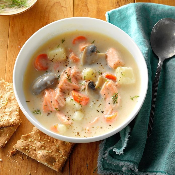Salmon Dill Soup Exps Hck17 185314 B10 10 3b 3