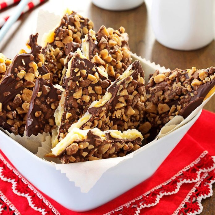 Massachusetts: Saltine Toffee Bark