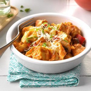 Saucy Chicken & Tortellini