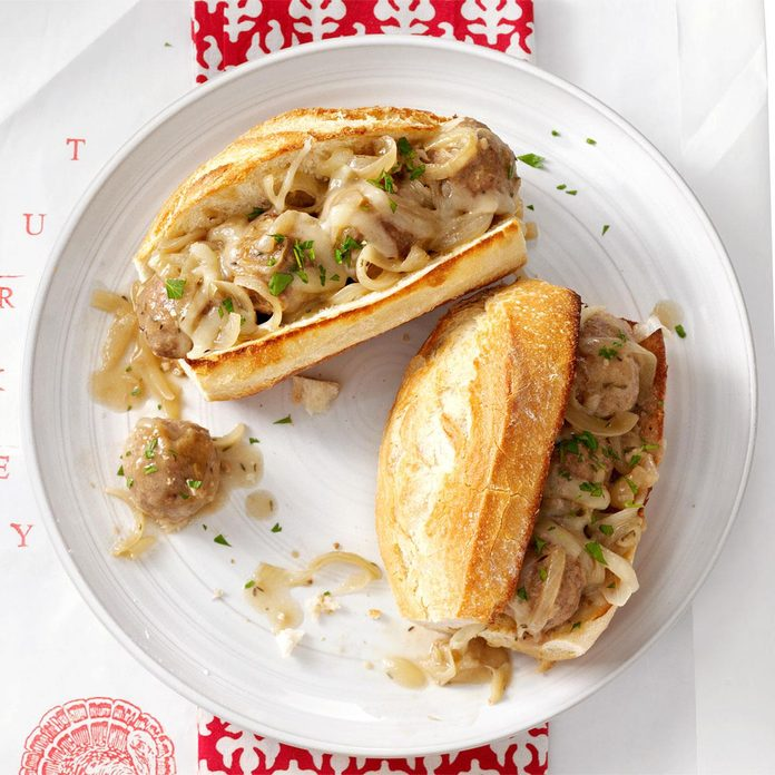 Saucy Onion Meatball Subs Exps86199 Th2237243c10 06 3bc Rms 1