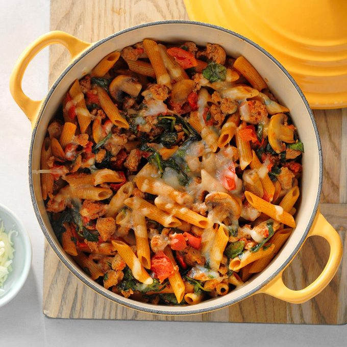 Sausage Pasta With Vegetables Exps Sdam18 58342 D12 06 6b 3