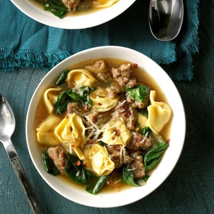Sausage and Spinach Tortellini Soup