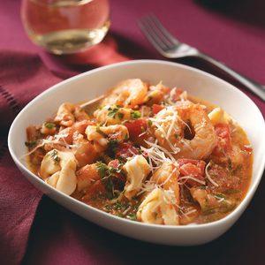 Shrimp & Tortellini in Tomato Cream