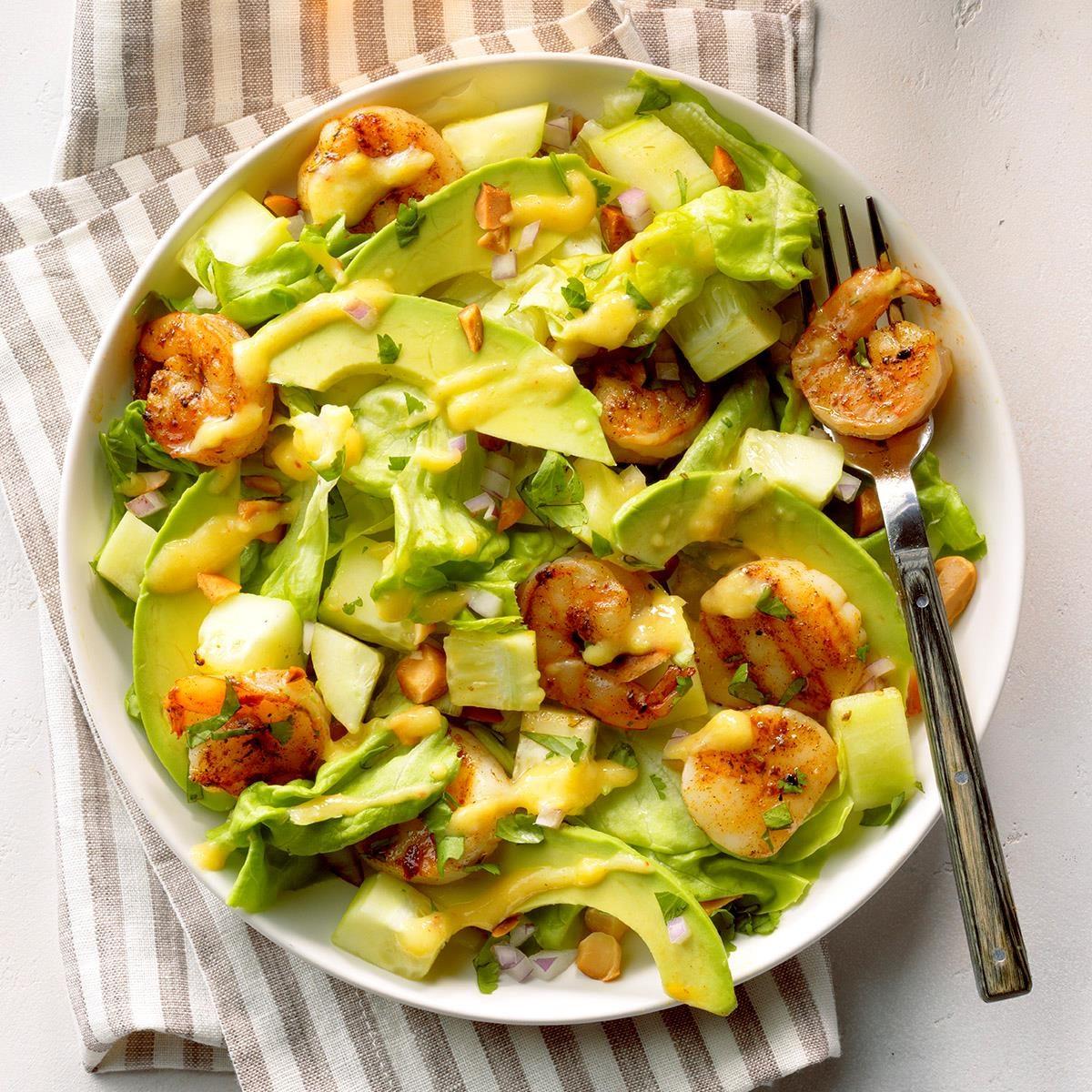 Shrimp 'n' Scallops Tropical Salad