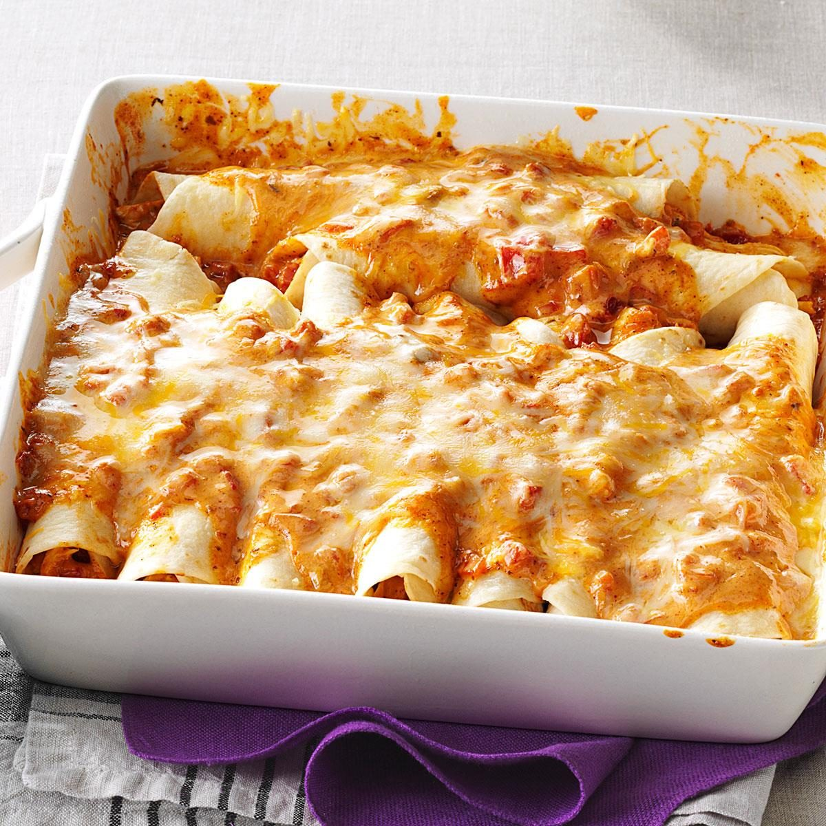 Simple Creamy Chicken Enchiladas Recipe